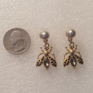 Jewelry - 🆕🐝 Flying Insects Black Pearl Crystal Earrings